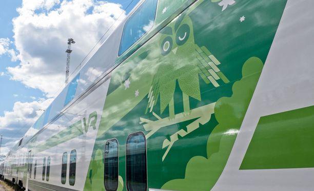 Helsinkiin pohjoisesta viime yönä kulkeneelle IC-junalle tuli mutka matkaan.