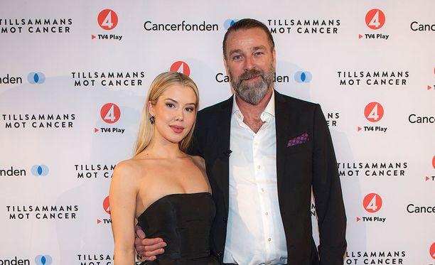 Ida Ovmar ja Patrik Sjöberg osallistuivat gaalaan yhdessä maanantaina.