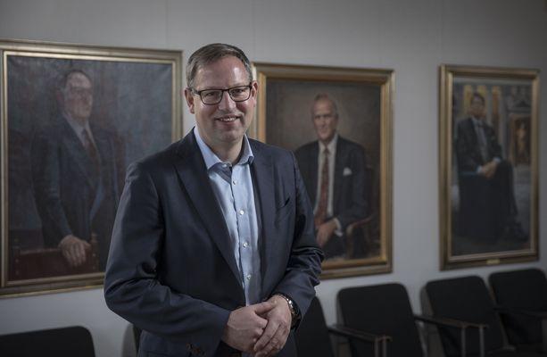 Rakennusteollisuuden toimitusjohtaja Aleksi Randell on Turun entinen kaupunginjohtaja.