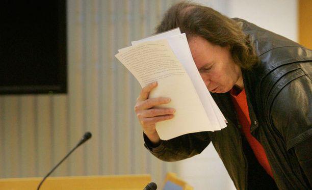 Michael Penttilää syytetään törkeän henkeen kohdistuvan rikoksen valmistelusta.