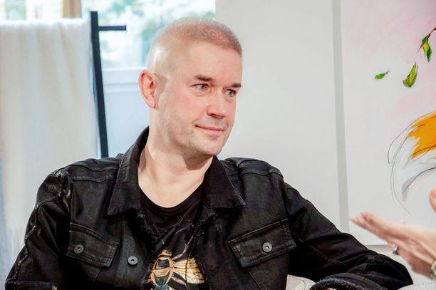Marco Bjurström kertoo ohjelmassa elämäntarinaansa.