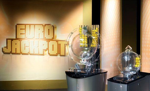 Eurojackpotin jättipotin voittaja löytyi.