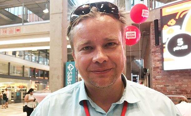 Kansanedustaja Antti Kaikkonen on tyytyväinen talokauppoihin, vaikka paljon työtä talo on vaatinut.