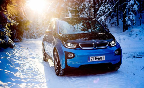 Sattumaa tai ei, mutta uusi Picanto muistuttaa keulasta erehdyttävästi kuvan BMW i3:a.