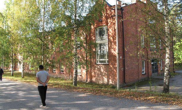 Muun muassa Lahden Hennalan vastaanottokeskuksen asukkeja on käytety ilmaisena työvoimana.