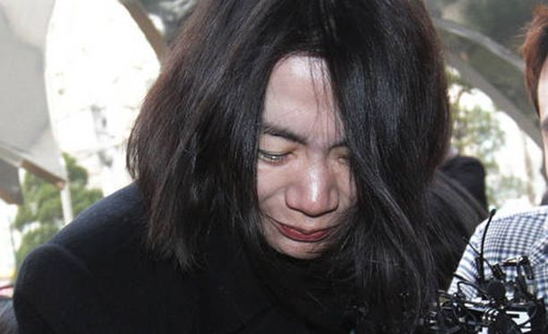 Cho Hyun-ah joutuu linnaan pähkinäraivostaan.