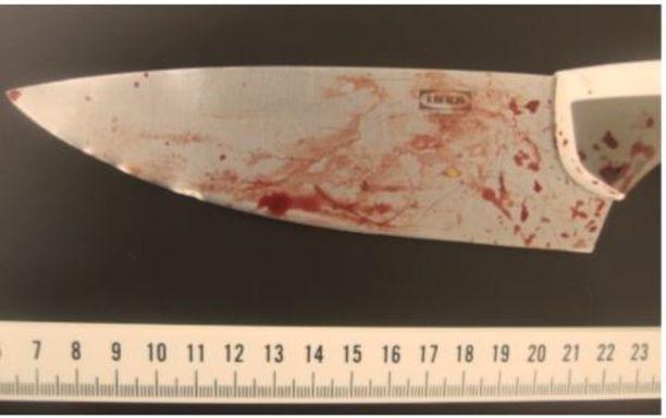 Abderrahman Bouananen hallusta löydetty toinen veitsi. Kyseessä on veitsistä suurikokoisempi.