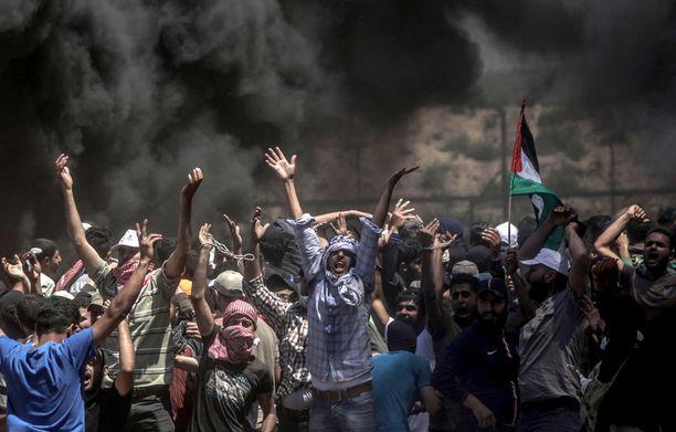 Mielenosoituksissa kuoli maanantaina 60 palestiinalaista.