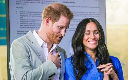 Harry ja Meghan ratsastavat prinsessa Dianan maineella - julkaisivat kirjeen vuodelle 2021