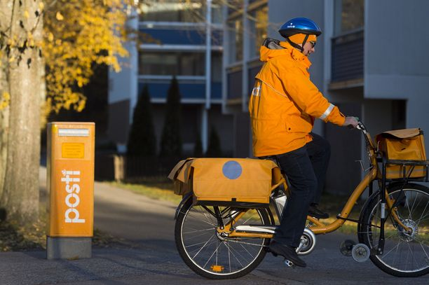 Postin työntekijöitä edustava Postialan unioni PAU aloittaa kaksiviikkoisen lakon.