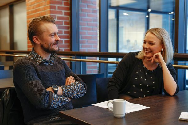 Antti Mikkola ja Emmi Kaislakari kihlautuivat vuonna 2017.