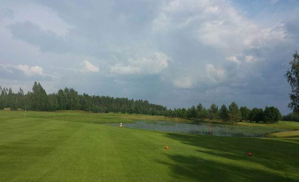 Mies menehtyi salamaniskuun golfkentällä Joroisissa viime viikolla.