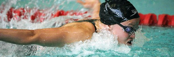 Linda Laihorinne karsiutui 100 metrin vapaauinnista.