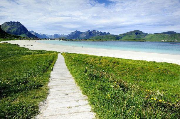 Norja ei ilmastonsa takia ensimmäisenä tule mieleen rantakohteena, mutta maasta lötyy useita upeita rantoja.
