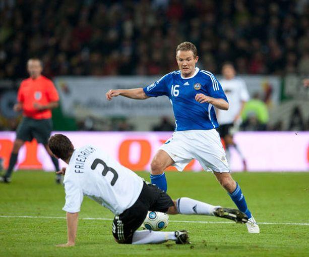 Jonatan Johansson iski Suomen ensimmäisen maalin Saksa-ottelussa vuonna 2008.