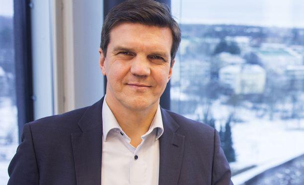 Matti Mettälä on Keskon henkilöstöstä vastaava johtaja.