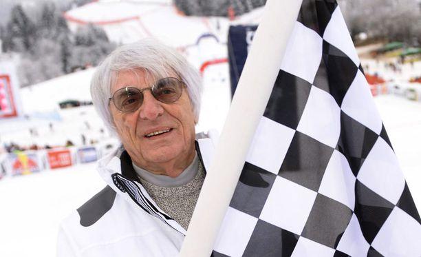 Bernie Ecclestone kaipaa tasaisempaa MM-sarjaa.