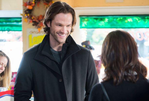 Roryn exät saadaan kaikki ruutuun, niin myös Dean. Olisiko hän sittenkin se oikea Rorylle?