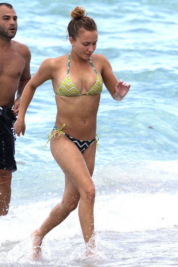 Pirteän oloinen Hayden Panettiere lomaili Miamissa.