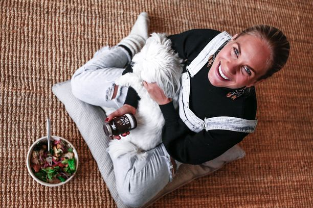 Jos stressin saa kuriin, sillä on monenlaisia myönteisiä vaikutuksia, Eevi Teittinen kertoo. - Monet ovat saaneet apua painonhallinnassa ja monet ovat myös lisänneet liikuntaa.