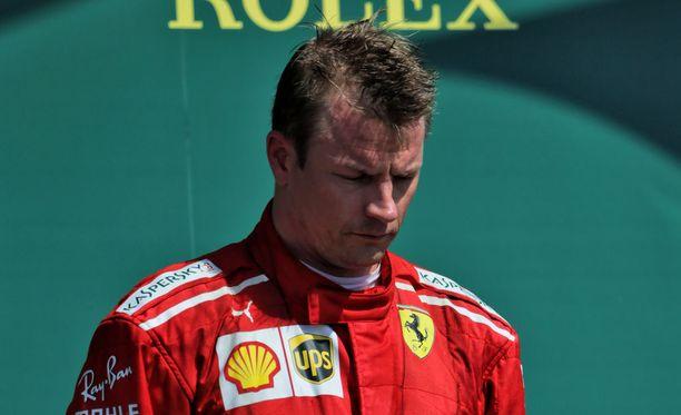 Kimi Räikkönen otti Silverstonen rangaistuksensa mukisematta vastaan. Sitä entinen Autosportin päätoimittaja toivoo myös muilta kuskeilta.