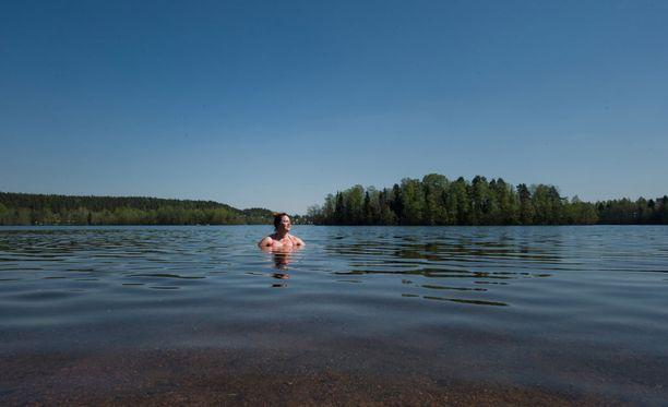 Sunnuntai sopii sään puolesta erinomaisesti vaikkapa uimaretkiin.