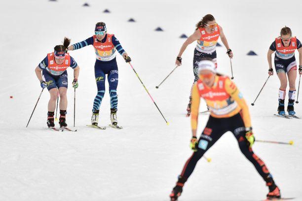 Krista Pärmäkoski nosti Suomen MM-pronssille. Viestimitali oli kuitenkin koko joukkueen saavutus.
