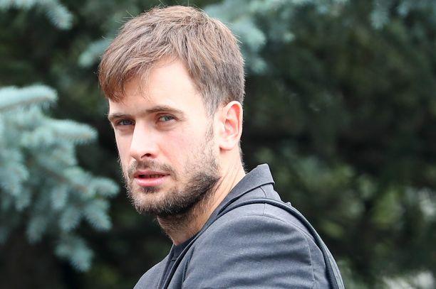 """Berliiniläisen sairaalan mukaan on """"hyvin todennäköistä"""", että yhtäkkiä sairastunut Pjotr Verzilov myrkytettiin."""
