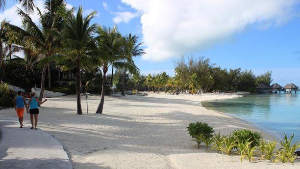 Bora Boralla voi nauttia leppoisesta rantaelämästä. Hurjaa menoa siellä ei ole tarjolla.