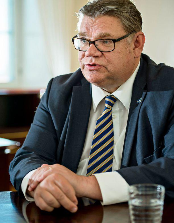 Timo Soini kehotti viikonloppuna blogissaan Petteri Orpoa keskittymään kokoomuksen johtamiseen.