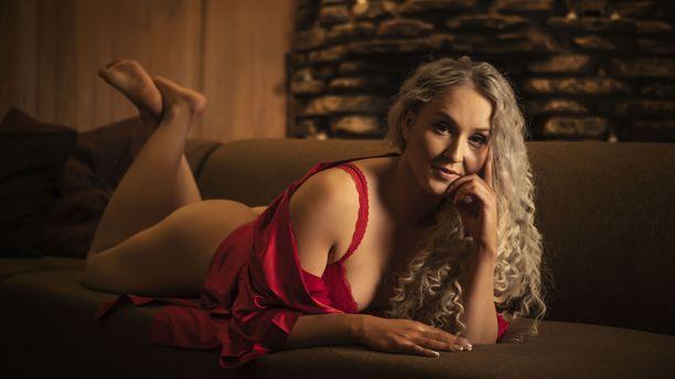 kauniita naisia etsii seksiä jyväskylä