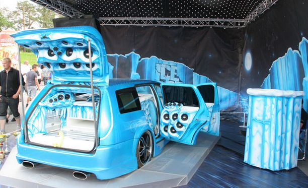 """Ford """"Ice Top"""" Mondeo – Pekka Salo , Tampere"""