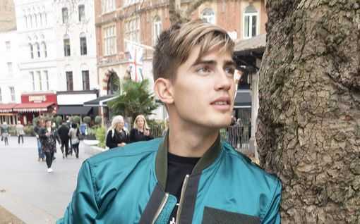 """Robin matkusti Lontooseen – heitti ilmaiskeikkoja kaduilla ja puistoissa: """"Minullahan ei ole täällä vielä minkäänlaista uraa"""""""