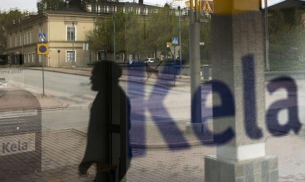 Oululaismies sai taistella toden teolla osoittaakseen, ettei hänellä ollut suhdetta vuokraemäntänsä kanssa. Kuvassa Kelan toimisto Tampereella.