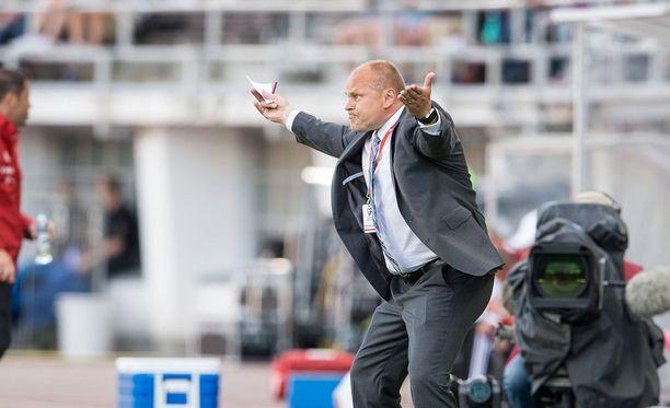 Mixu Paatelainen toimi Suomen jalkapallomaajoukkueen päävalmentajana vuosina 2011-2015 ennen potkujaan ja siirtymistä Skotlantiin.