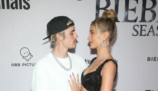 Justin ja Hailey Bieber ovat uskossa.