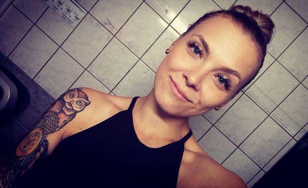 Nea Maria Lindroosin avoin kirjoitus Facebookin Sairaankaunis-sivulla on kerännyt mittavan määrän tykkäyksiä, kommentteja ja jakoja.