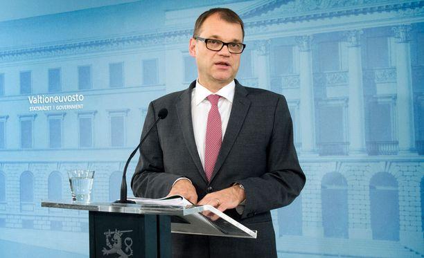 Pääministeri Juha Sipilän mukaan 15 ministeriä riittää hallitukselle.