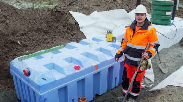 FANN-pienpuhdistamo on varmatoiminen jätevesien puhdistaja, jonka asentamiseksi ei tarvita suurta pinta-alaa.