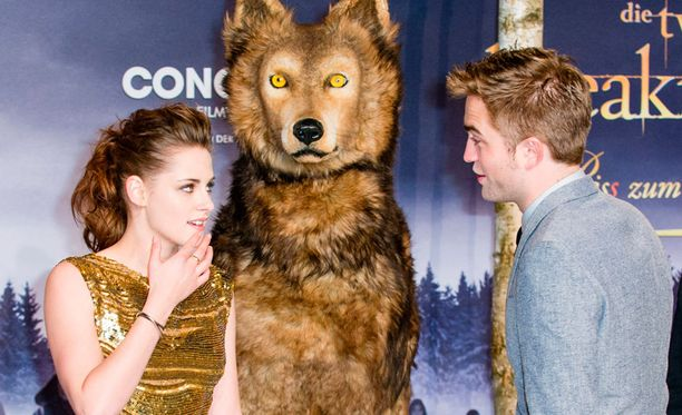 Elokuvan päätähdet Kristen Stewart ja Robert Pattinson.