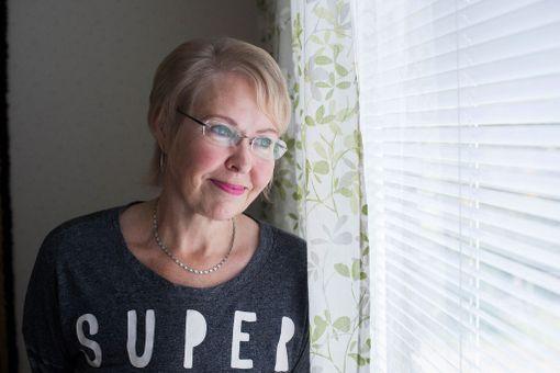 On ärsyttävää, kun syöpäsairaalle sanotaan, että sinun pitää taistella. Ikään kuin parantuminen olisi vain itsestä kiinni, Leena Perttu sanoo.