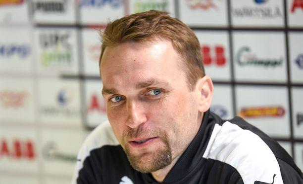 Jani Honkavaara pelästyi Globahan Salamin tuulettelua.