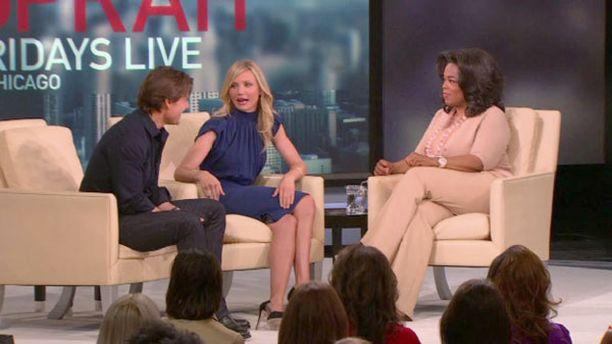 Oprahin sohvalle istuutui myös Cameron Diaz, joka on Cruisen vastanäyttelijä leffassa Knight and Day.