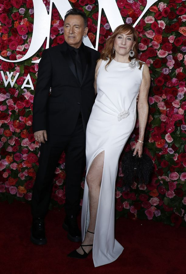 Tony-gaalassa erikoispalkinnon vastaanottanut Bruce Springsteen vietti iltaa vaimonsa Patti Scialfan kanssa.