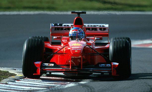 Mika Salo tuurasi Michael Schumacheria Ferrarilla kuudessa kilpailussa vuonna 1999.