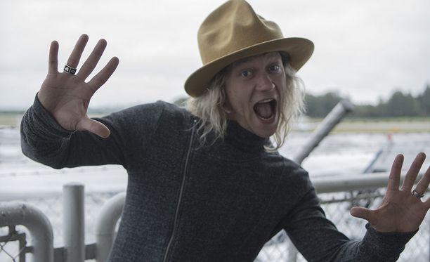 Jukka Hildén on nähty televisiosarjoissa Duudsonit, Posse sekä Huippujengi.