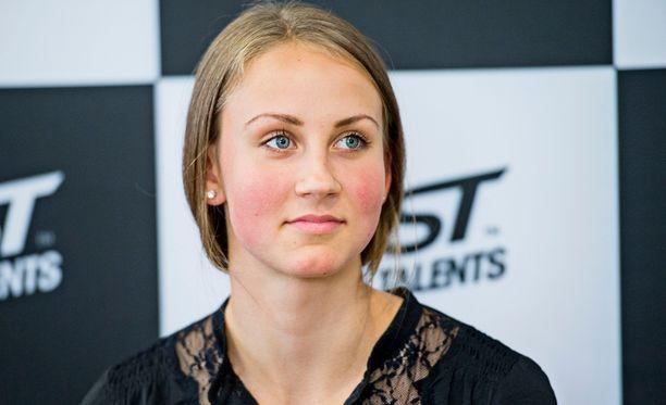Viivi Lehikoinen aitoi EM-kultaan.