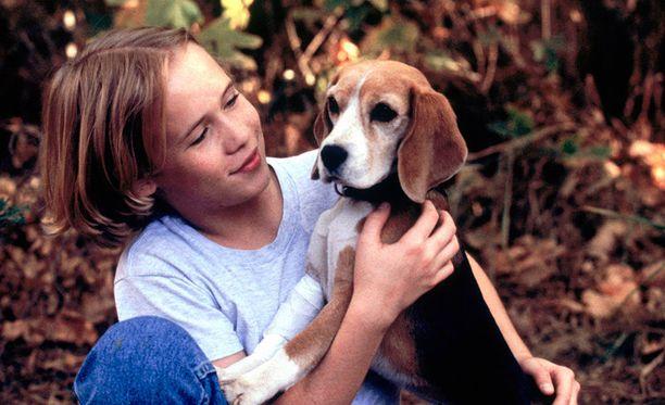 Entinen lapsitähti, näyttelijä Blake Heron löydettiin kuolleena kotoaan perjantaiaamuna.