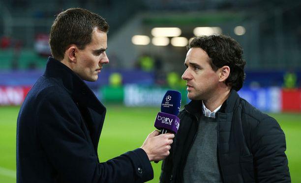 Owen Hargreaves (oikealla) oli Wolfsburg-Manchester United -ottelussa asiantuntijana.