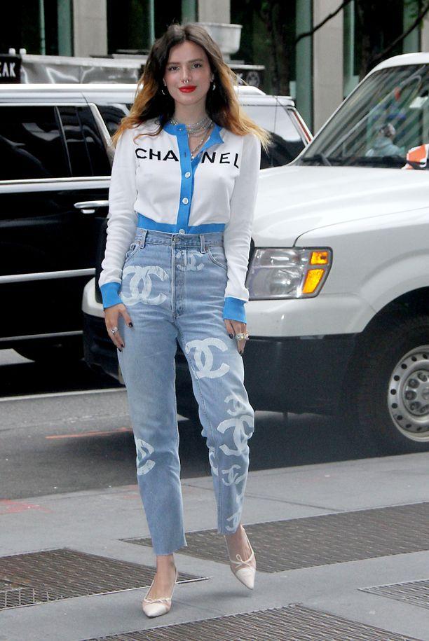 Bella Thorne on luonut uraa näyttelemisen lisäksi mallina ja laulajana,